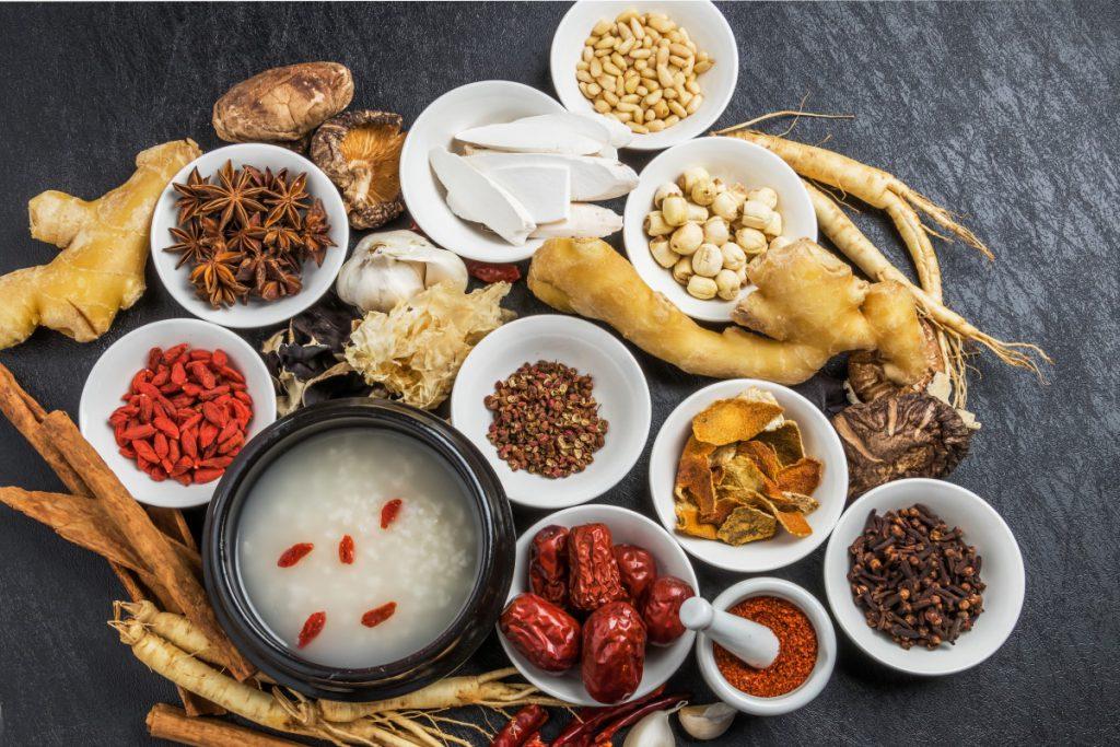 Phytotherapie - Kräuter - Praxis Dr. Tao (2)